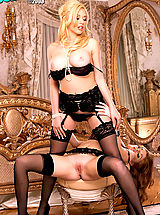 Suze Randall Pics: Kagney Linn Karter & Faye Reagan get down to some serious pussy pleasing! Simply delicious!