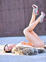 6 inch Heels, Devaun gets naked in a public place