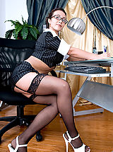 Sexy Secretary, Beautiful mature cougar Diana plays with her pussy while taking a phone call in her office