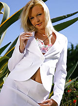 Open Legs, Sandra in stunning white suit