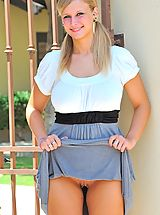 Upskirt, Alice dresses up outdoors