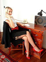 Sexy Secretary, Business lady Evey in merry widow and coffee full fashion nylons!