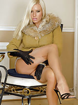 Stiletto Heels, Nyloned couger with sheer panties