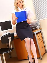 Naughty Office, White stockings and a short skirt is the perfect attire in this office!