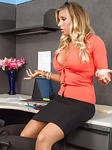 Long Legs, Samantha Saint,Naughty Office,Samantha Saint, Xander Corvus, employer, seat, Desk, Office, American, Arse licking, Butt smacking, Ball licking, Large Arse, Larger Fake Jugs, Massive Jugs, Blonde, Blow Job, Blue Eyes, Caucasian, Deepthroating, Facial, Fake