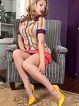 Stilletto Heels, JJessica gorgeously provocative in pantygirdle and stockings