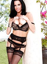 Veronica Avluv Amazing Girl uncovers her uncovered titties, pulls down her knickers and spreads her legs and self pleasures her snug vagina