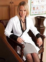 Secretaries, Sexy doctor Kimberly gets bum unclothed on the office desk.