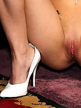 White Heels, sandy waltrick 08 shaved pussy widener speculum