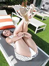Topless Sinful Female Set No. 1036 Jade Nile reveals her own great fotze