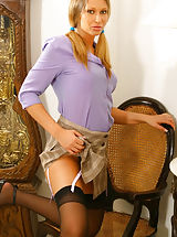 Secretary Fuck, Gorgeous Veronica the secretary with stockings
