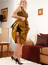 Would be debutant Jessica Smyth-Parker aka Jess , is just back from 'doing lunch' with old school pals, but has just you on her mind. She likes to dress in a proper manner from her traditional fully fashioned outline heel nylons to her classic foundation