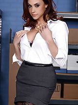 Chanel Preston, Bill Bailey in Breast Keep This Quiet