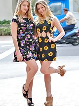High Heels Legs, Nicole and Veronica Gorgeous Tourists