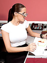 Kortney Kane,Naughty Office,Levi Cash, Kortney Kane, Boss, Co-worker, Chair, Desk, Office, Ass licking, Big Dick, Big Breasts, Blow Job, Brunette, Facial, Fake Tits, Glasses, High Heels, Shaved, Stockings,