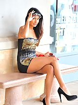 Miniskirt Tease, Shazia looks posh at the mall and flashes her ass
